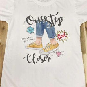 áo thun in hình one step